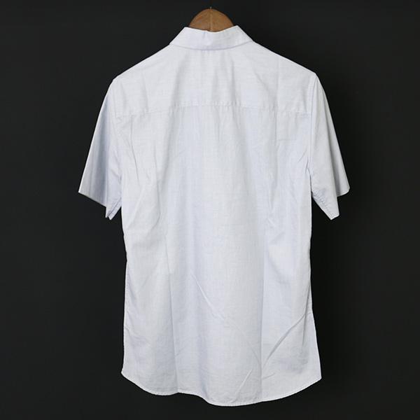 レギュラーカラー半袖シャツ