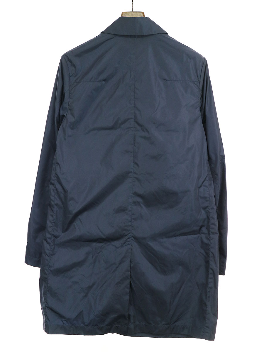 メタルBEE装飾ナイロンステンカラーコート