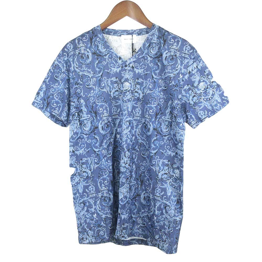 総柄Vネック半袖Tシャツ