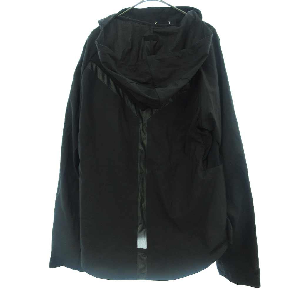 ストレッチナイロンプルオーバージャケット ロゴプリント