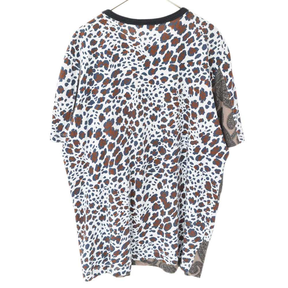 大判ペイズリー レオパード柄再構築 クルーネック半袖Tシャツカラー