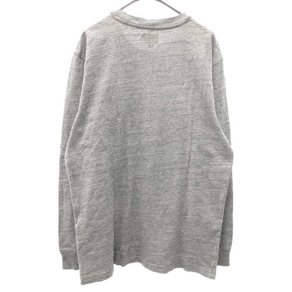 ポケット付き長袖Tシャツ
