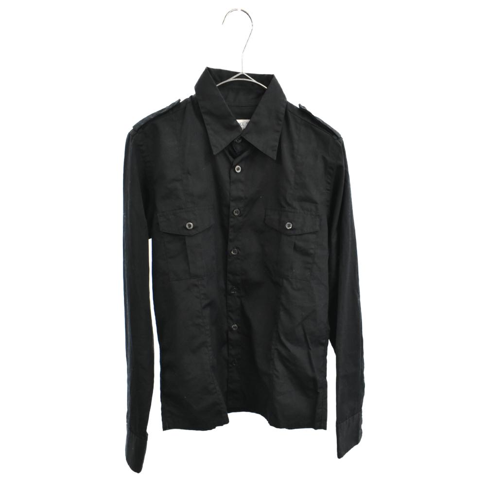 エポーレット付き長袖シャツ