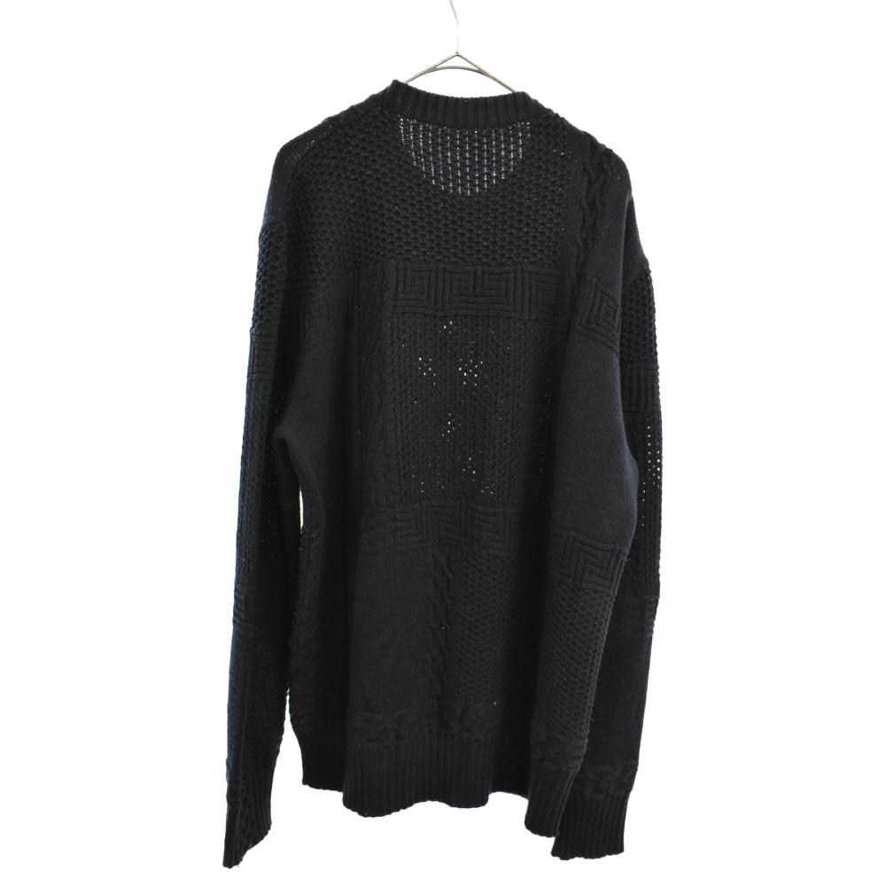 切替デザインニットセーター