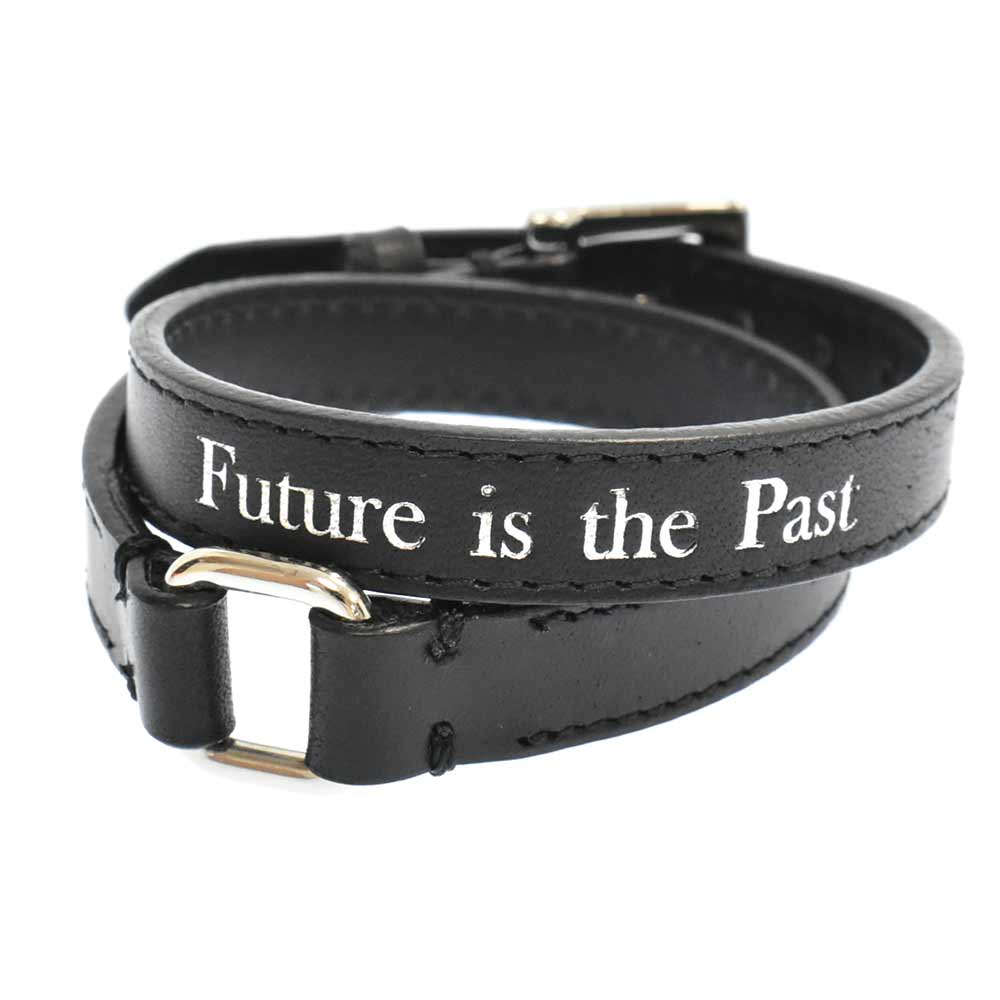 Future is the Pastレザー2連ブレスレット UCY4A03