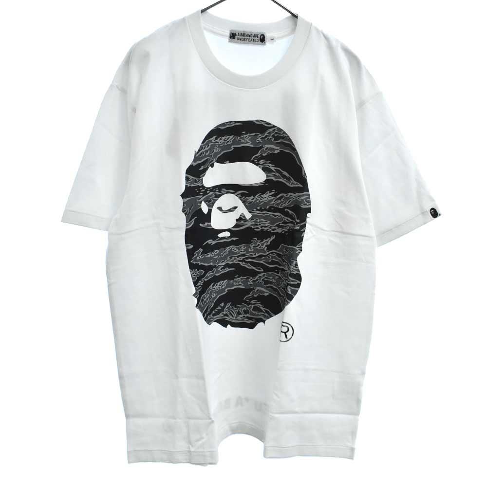 ×UNDEFEATED アンディフィーテッド サル迷彩柄ロゴTシャツ