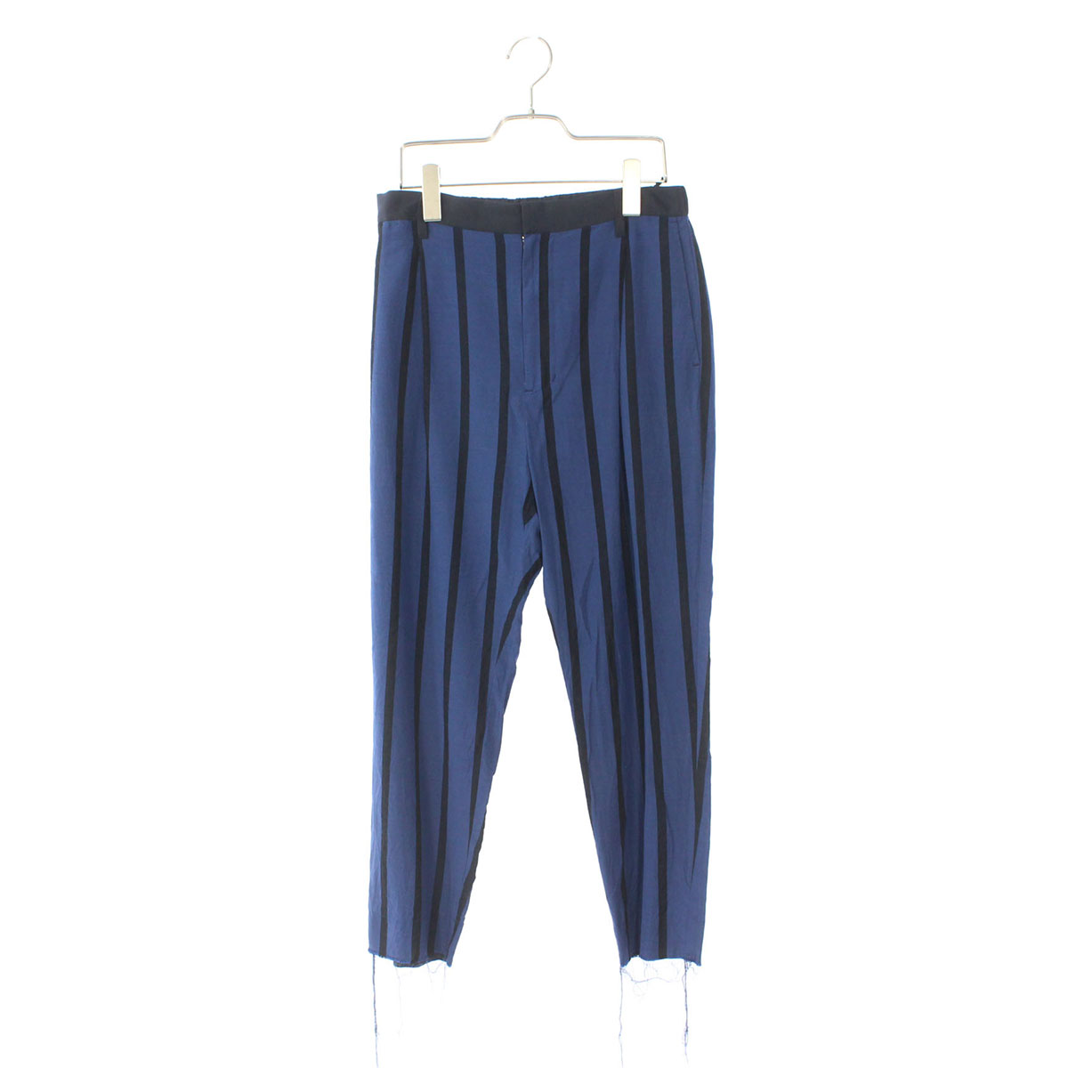 Stripe relax tapered pants