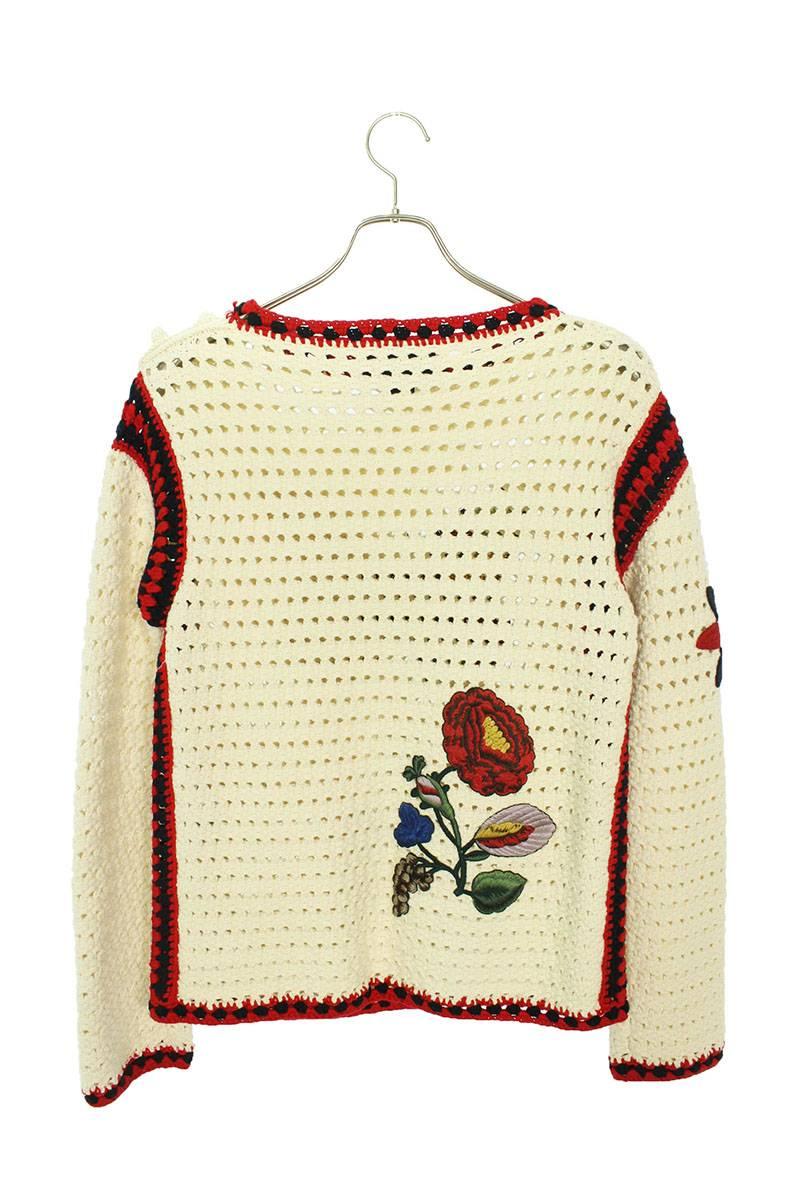 バタフライ刺繍ニット