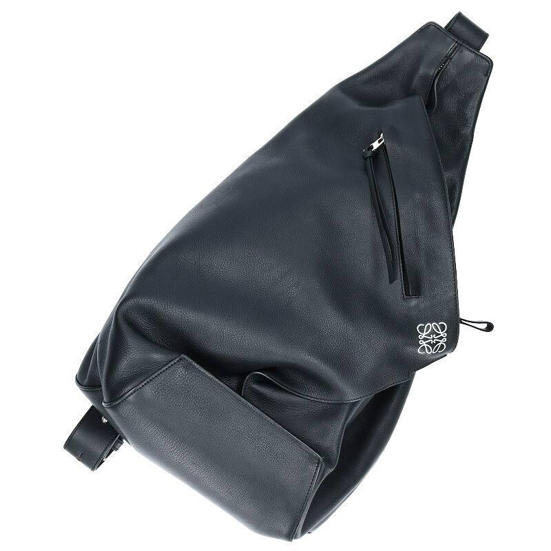 ロゴモチーフワンショルダーバッグ