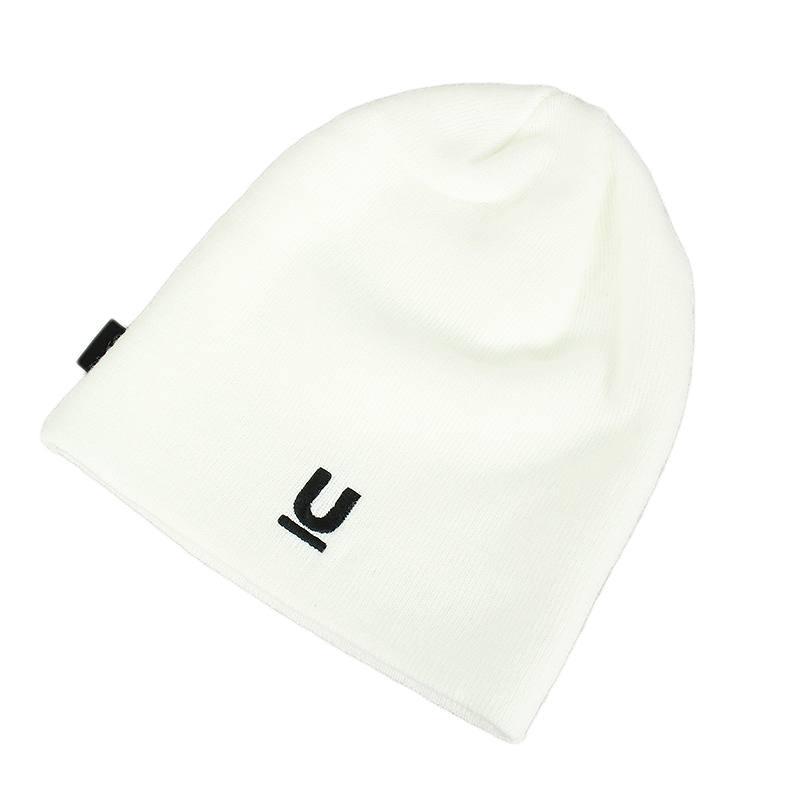 ロゴ刺繍ビーニーニット帽