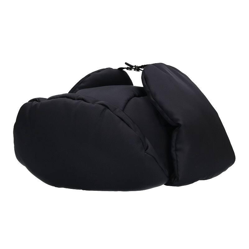 ロゴプレートパデッドナイロン帽子