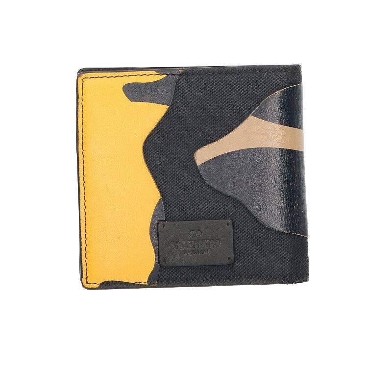 カモフラ柄レザー財布