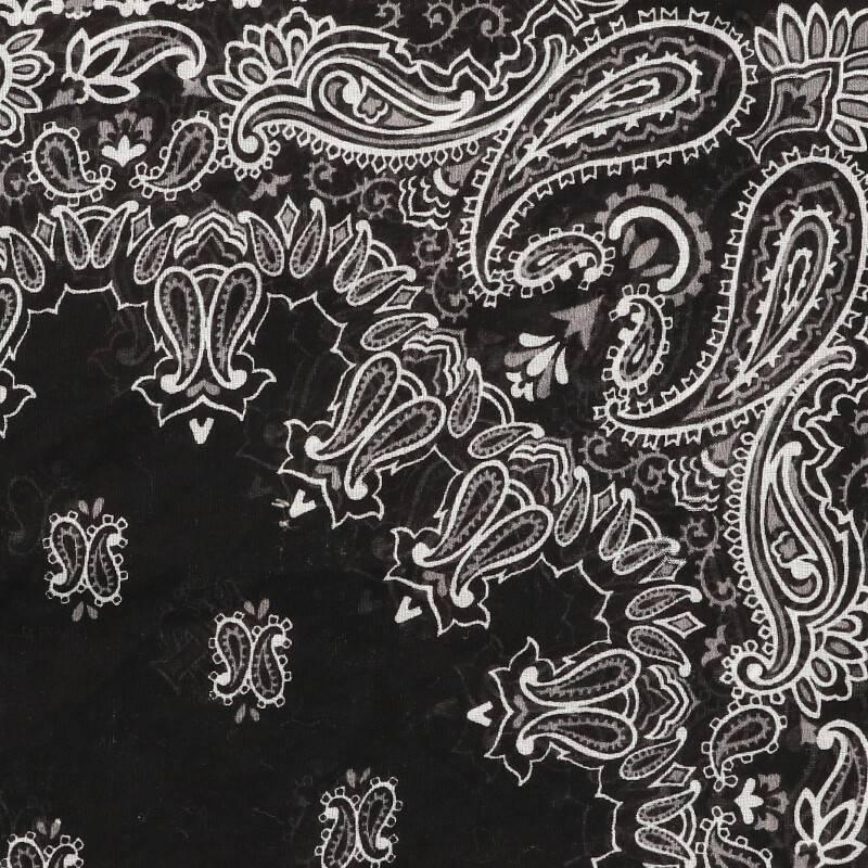 ペイズリーバンダナ柄スカーフ